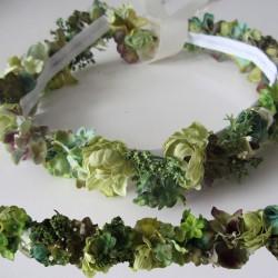 conjunto corona tonos verdes + cinturón estrecho a juego