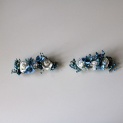 Two porcelain blue flower clips for invited girl and wedding